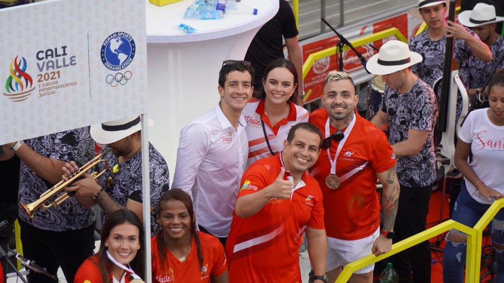 Los deportistas de Valle Oro Puro, también hicieron parte del Salsódromo
