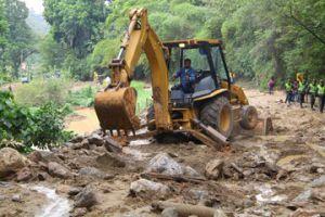 Bucaramanga lluvias deslizamiento avalancha Piedecuesta via curos muertos: Declaran calamidad pública en Piedecuesta