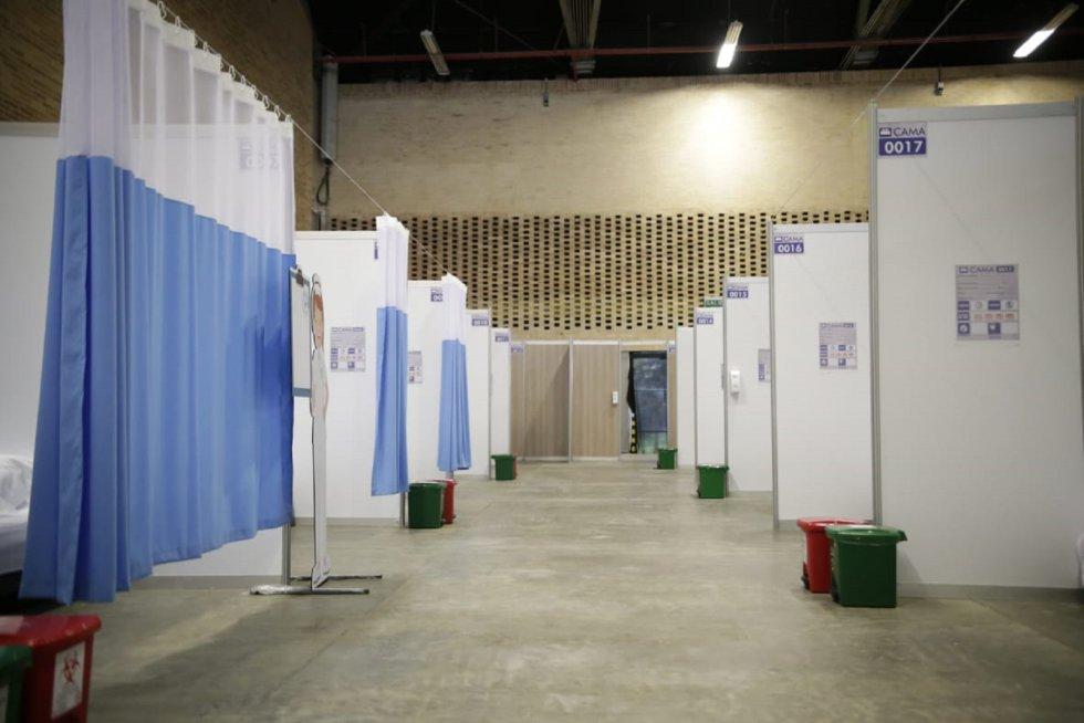 Luego de que se concretara un acuerdo entre la Alcaldía de Bogotá y Corferias, se avanza con la adecuación del centro hospitalario para atender a cerca de 2000 pacientes con síntomas leves a moderados.