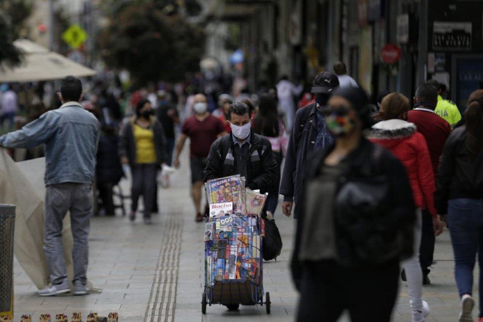 En el centro de Bogotá se ha evidenciado un gran aforo de personas, lo que ha llevado a que el Distrito tome medidas junto al IPES.