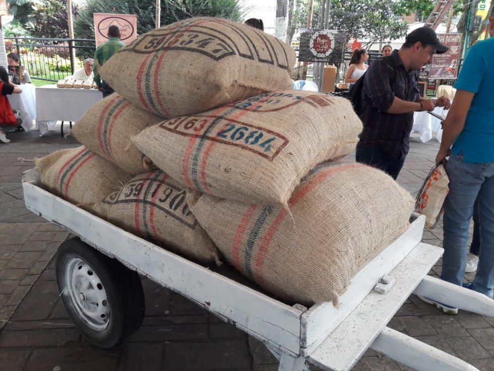 Los bultos de café listos para exportación