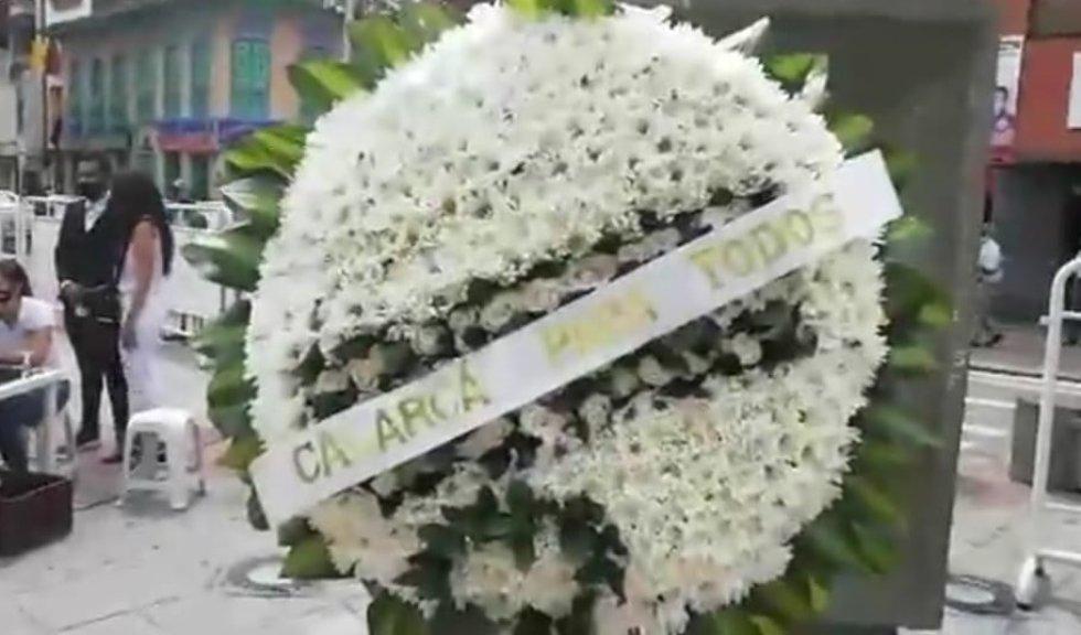 Ofrenda floral en el municipio de Calarcá, Quindío