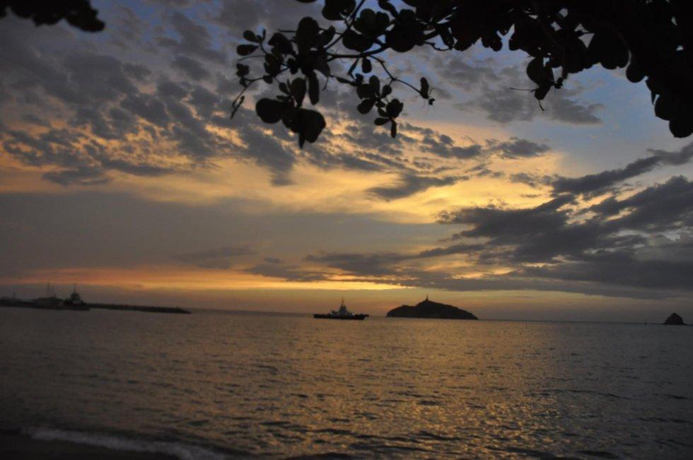 Anochecer en la Bahía de Santa Marta