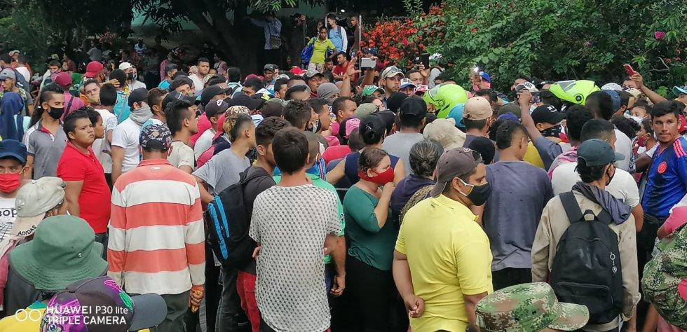 Grupos ilegales: Campesinos ocupan territorios en la Sierra Nevada exponiéndose al COVID-19