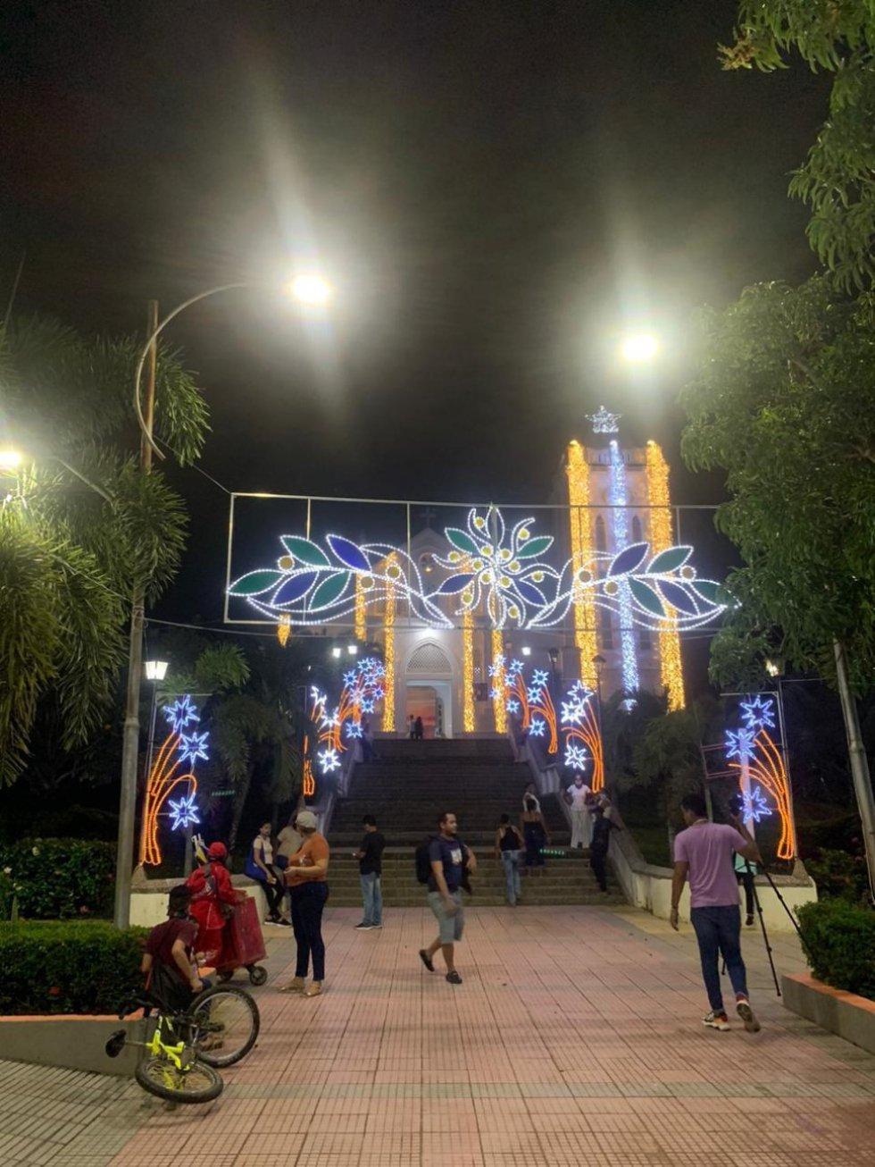La Luz de la navidad ha llegado a San Juan Nepomuceno