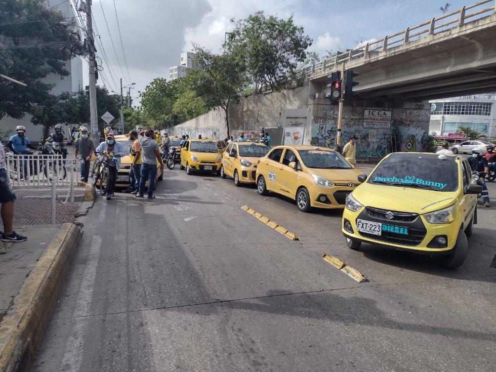 Avenida Pedro de Heredia, a la altura del puente de Las Gaviotas