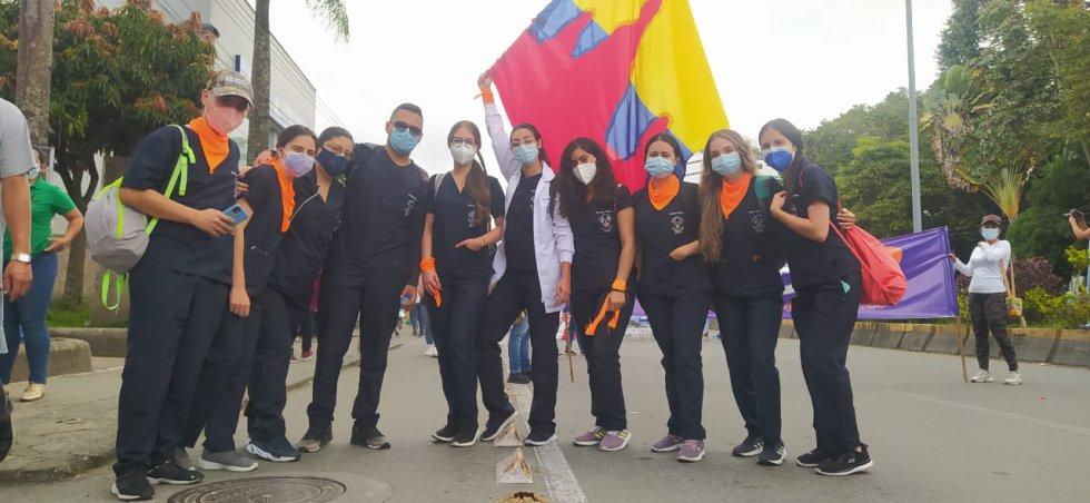 Estudiantes de medicina de la Universidad del Quindío se hicieron presentes en la marcha