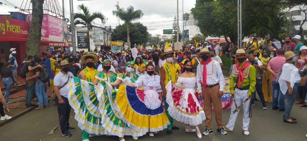 La cultura y la danza participando de la movilización