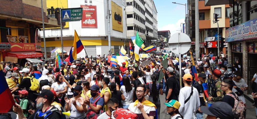Gran participación de la comunidad en la manifestación