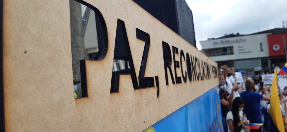La paz y la reconciliación fue el mensaje central de la movilización en la capital del Quindío