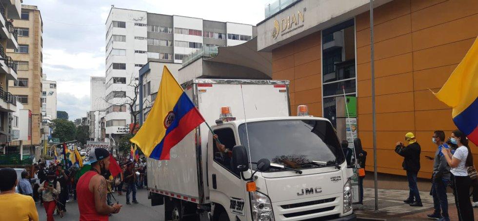Conductores de camiones también se sumaron a la movilización