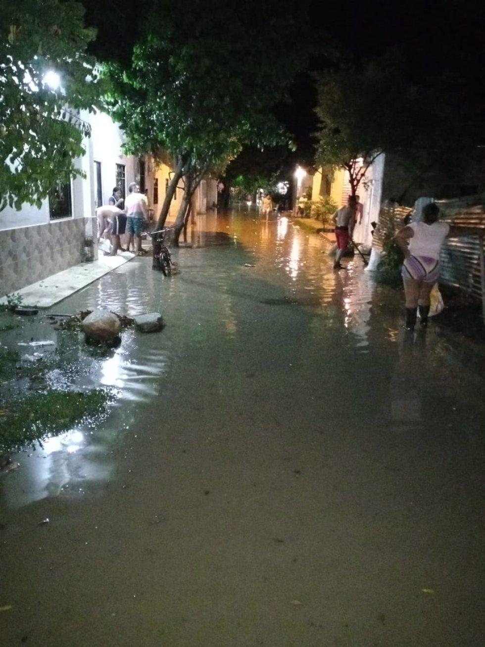 Emergencias por crecientes súbitas en el Magdalena: Así viven los 'náufragos' del río Sevilla en el Magdalena
