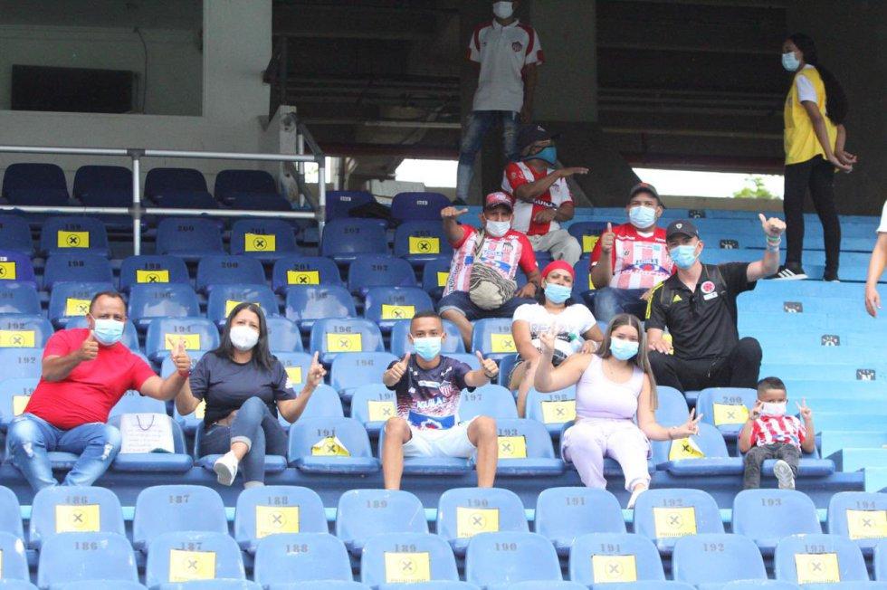 Hinchas en el Metropolitano: Hinchas del Junior regresaron al Metropolitano