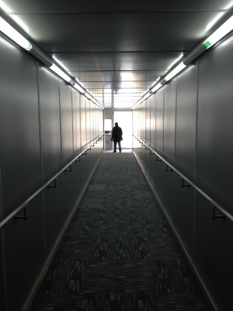No es película de terror: aquí llegará la semana entrante el primer vuelo de prueba. Foto: Caracol Radio.
