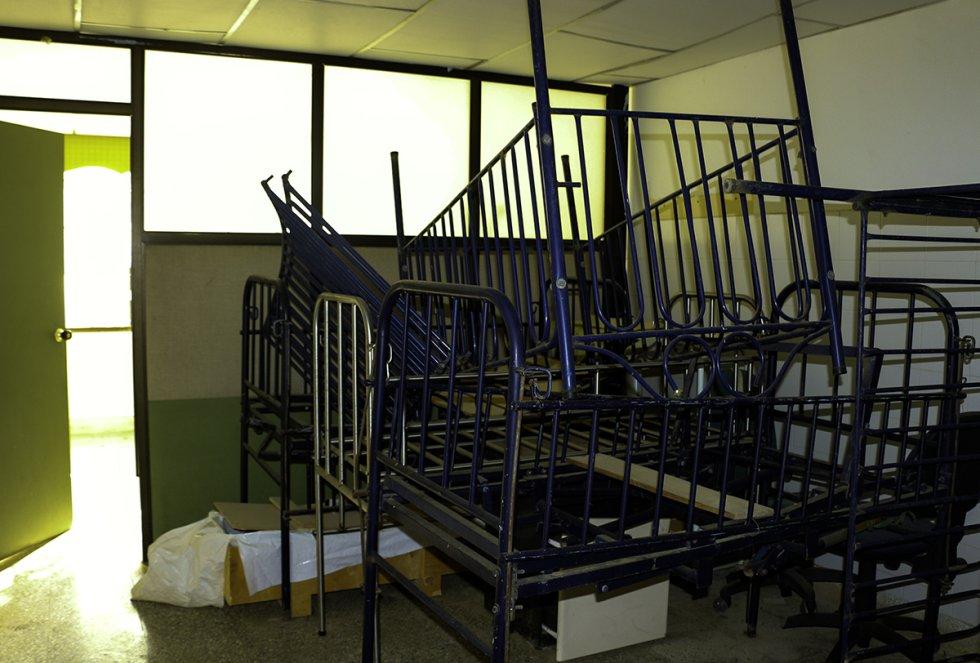 El Hospital de Manaure se encuentra en condiciones deplorables, las habitaciones se encuentran en total abandono.