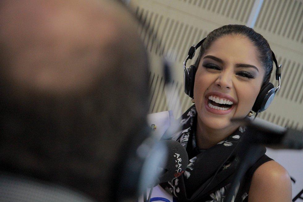 ¡Santiago Rivas logró sacarle a la Señorita Colombia más de una carcajada!
