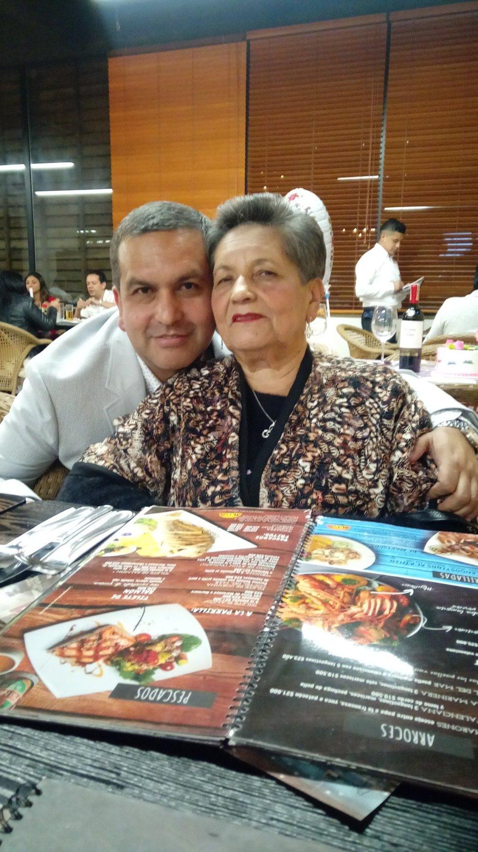 @dianaeme @dosypuntoradio Con Mamá celebrando su día por adelantado este fin de semana todo MUYYY congestionado