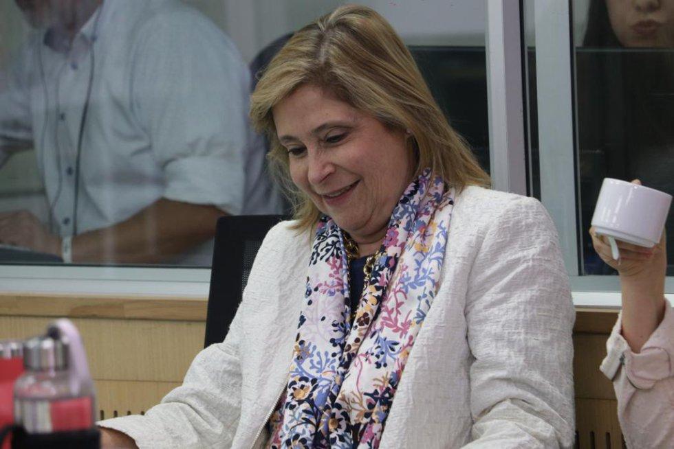 Su esposa Ana María Navarro