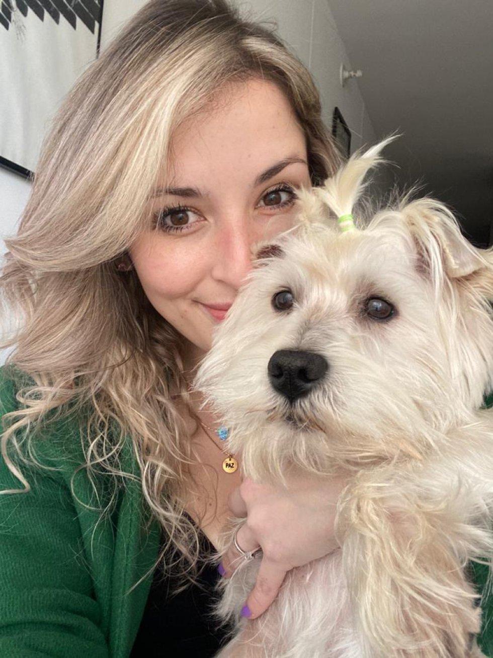 El amor de una mascota es único e irrepetible //  Paola Sierra, Periodista Digital de Caracol Radio junto a 'Nico'