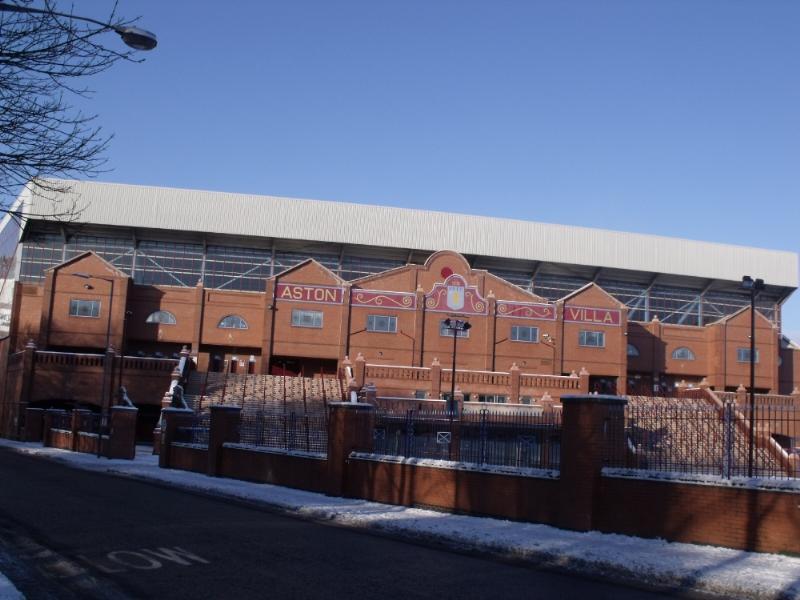 Estadio Villa Park, sede del Aston Villa, en Birmingham.