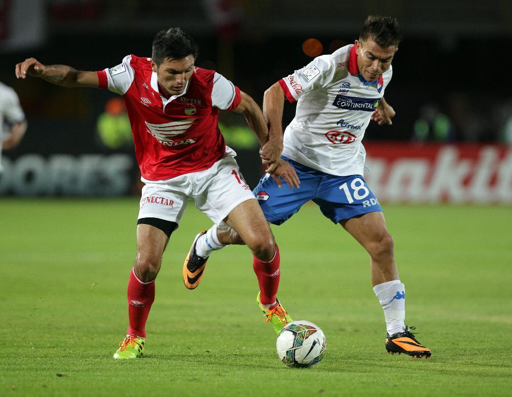 Los dirigidos por Wilson Gutiérrez sumaron su primer triunfo como locales en grupo 4 con goles de Méndez y Medina.