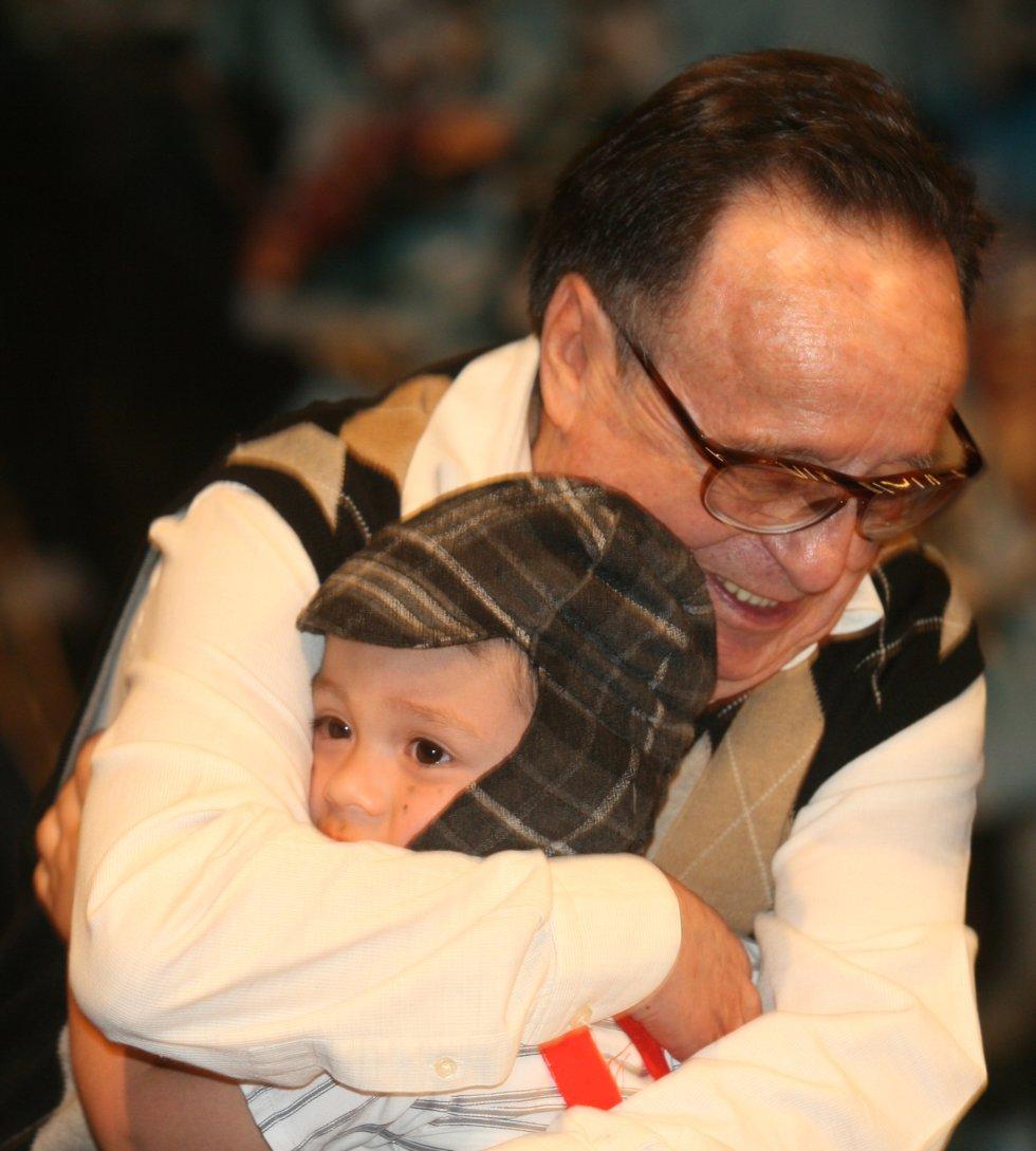 Chespirito no dejo de dar y recibir cariño en La Feria Internacional Del Libro De Bogotá