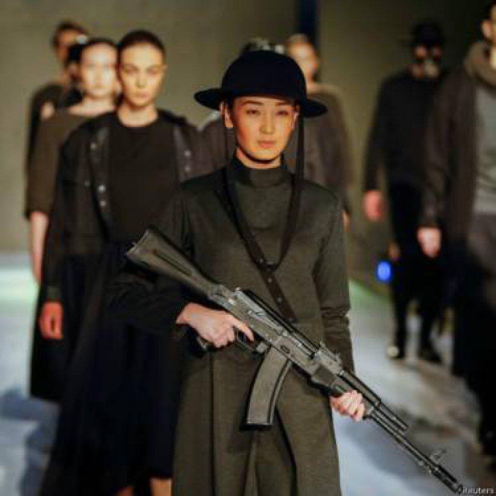 A los ganadores se les dio la oportunidad de participar en el evento de moda más importante de Kazajistán que este año llegó a su edición número 18.