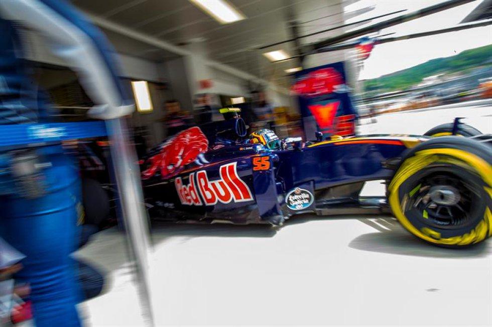 La escudería Red Bull Racing tamién llega a Rusia para la prueba automovilistica del domingo.