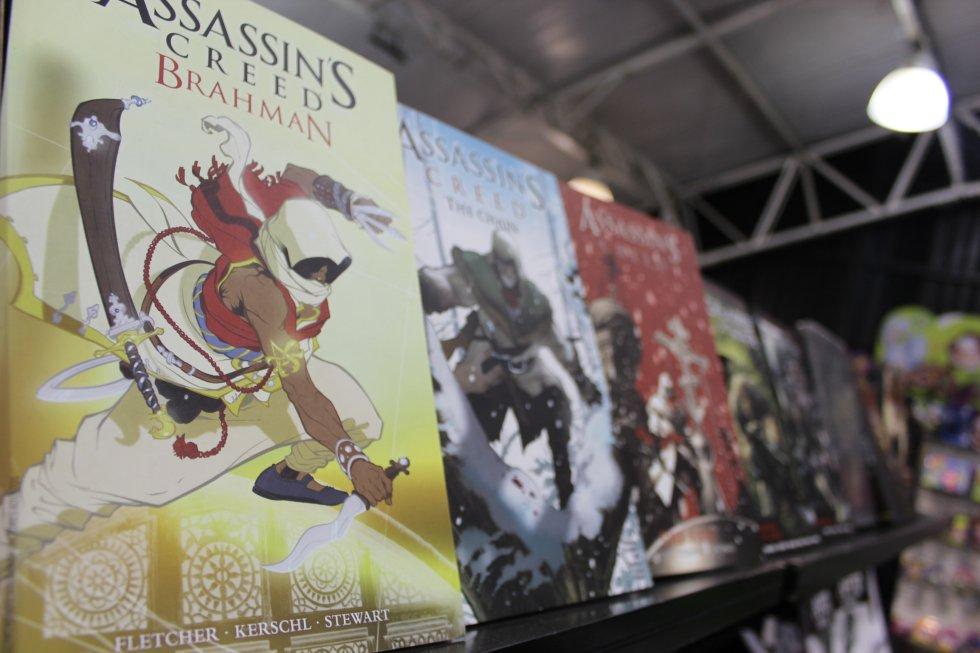 Assassin´s Creed, una serie de videojuegos, historietas y películas de ficción de aventura.