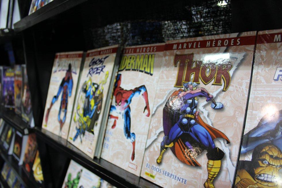 Thor y su potente martillo en las historietas de Marvel cómics.