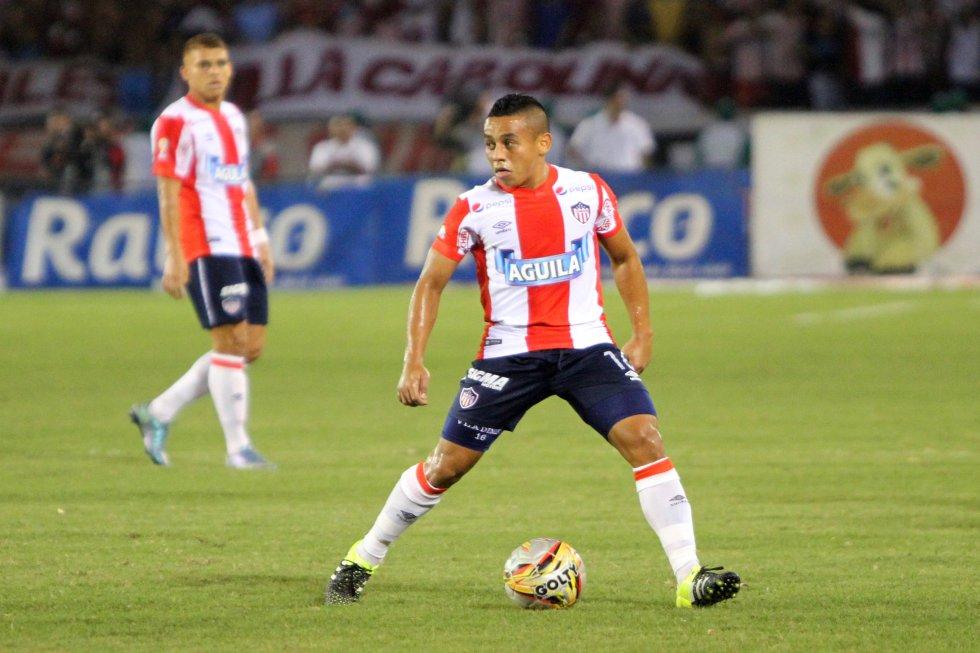 Vladimir Hernández, araucano de 27 años, mediapunta del Atlético Junior, es uno de los mediocampistas preseleccionados para la Copa América.