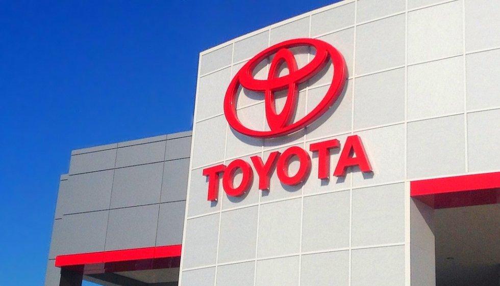 6. Toyota evaluada en 42.1 billones de dólares.