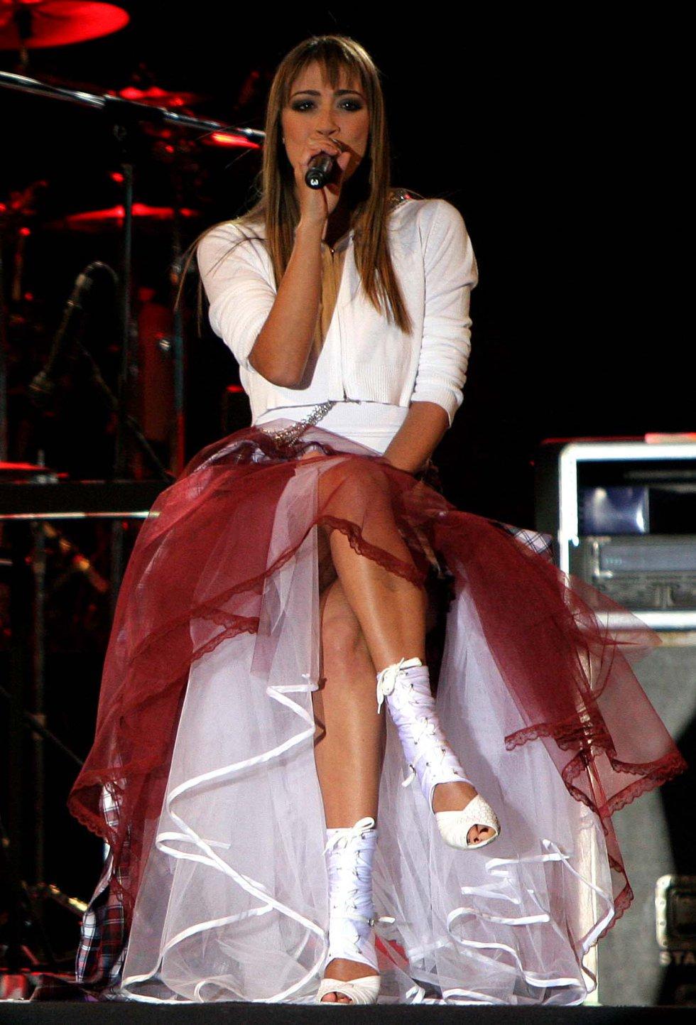 La actriz presentó su talento musical en el año 2007.