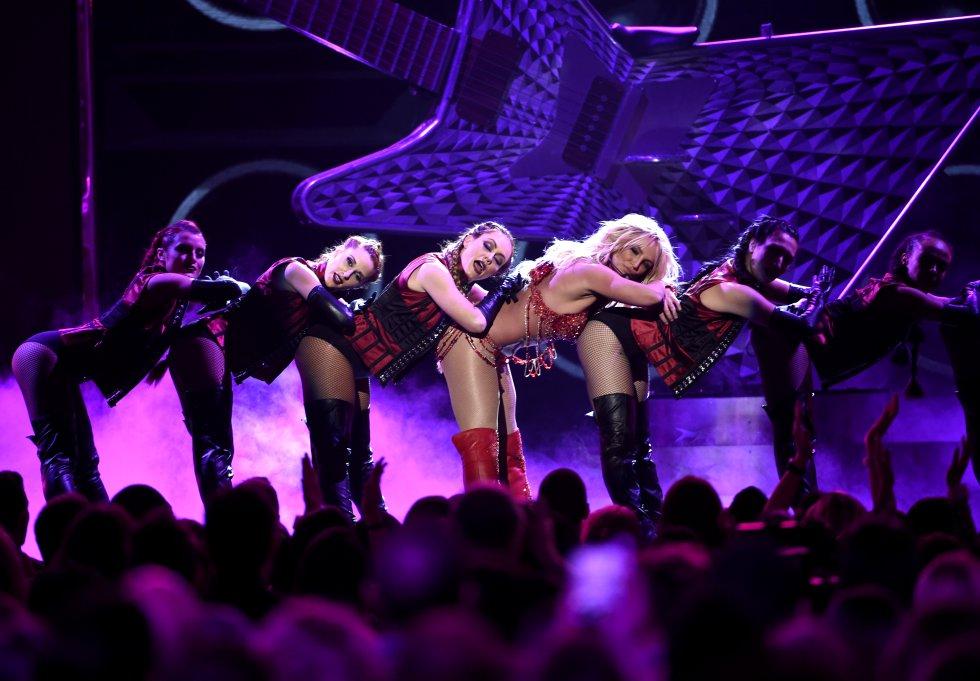 El show es una muestra del performance que la artista exhibe en Las Vegas, Nevada que lleva por nombre 'Piece of Me'.