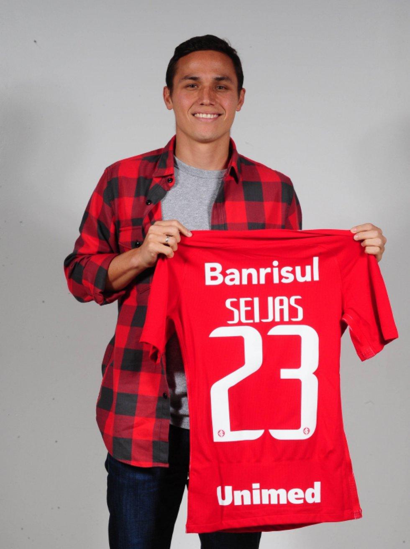 Seijas vestirá la camiseta número 23 en Inter de Porto Alegre.