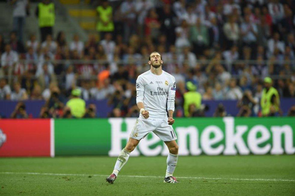 Cristiano Ronaldo se quitó la camisa al darle el triunfo definitivo a los 'merengues'.