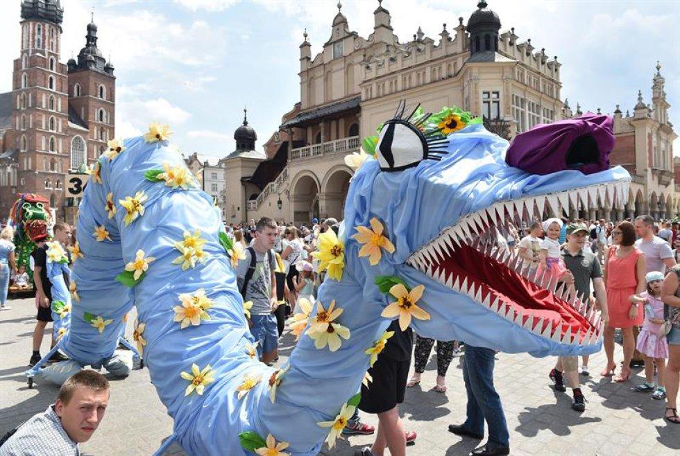 Este desfile se realiza para conmemorar al dragón de Wawel.