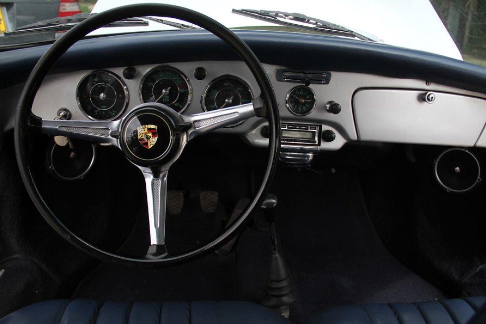 Se podrá observar aproximadamente 50 vehículos más prestigiosos de Colombia.