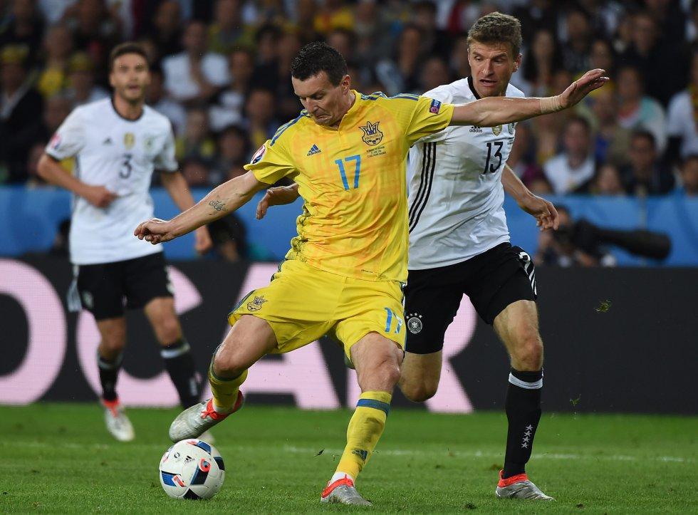 Ucrania dispuso de oportunidades para igualar el marcador en el 1-0 parcial.