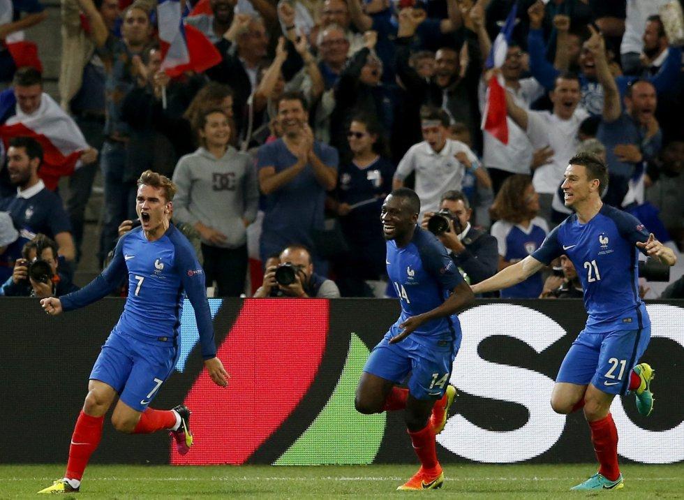 Griezmann celebrando el primer gol de Francia