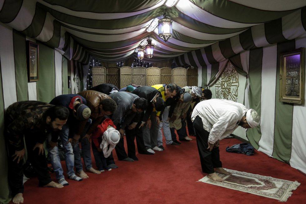 El ayuno debe estar presente en la mente y en el corazón antes del inicio del tiempo de la primera oración del día.
