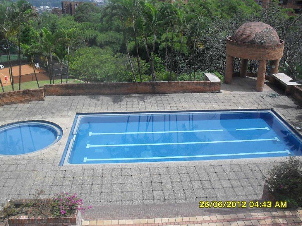 El otro predio, conocido como Los Balsos, está ubicado en Medellín, y está valorado en 4,3 millones de dólares.