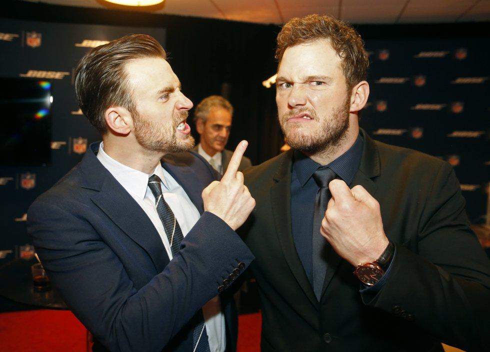 En algunas entrevistas, Pratt ha bromeado sobre su gusto por Chris evans y sus papeles en el cine, como el de 'Capitán América'.