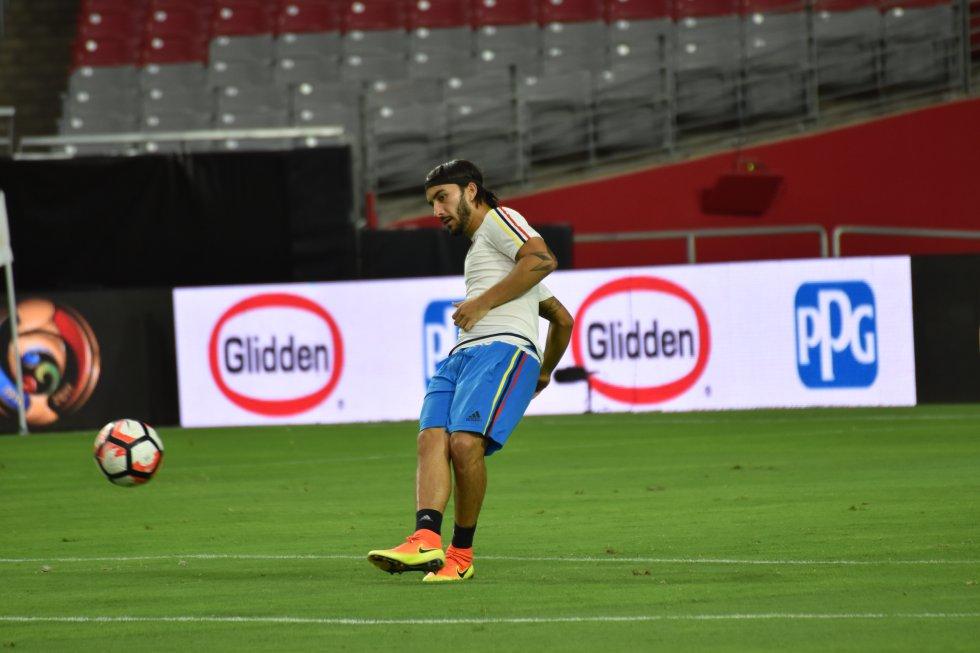 Sebastián Pérez volvería a la titular tras la expulsión de Carlos Sánchez