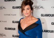 Caitlyn Jenner pide a homosexuales votar por Donald Trump