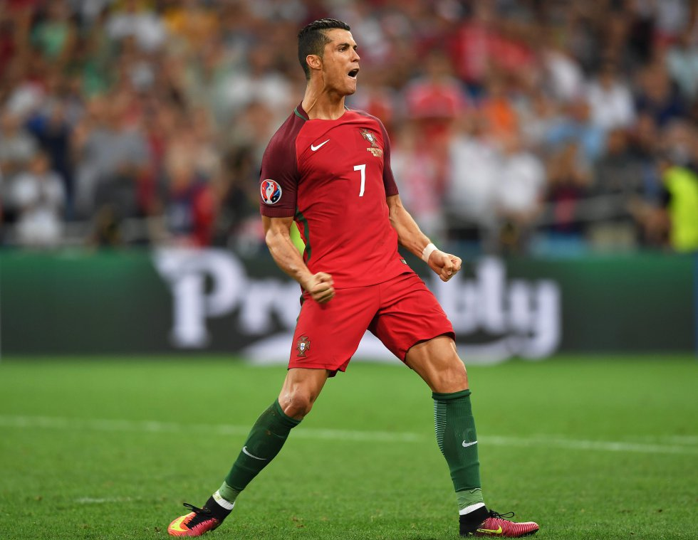Cristiano Ronaldo celebrando la conversión de su penal