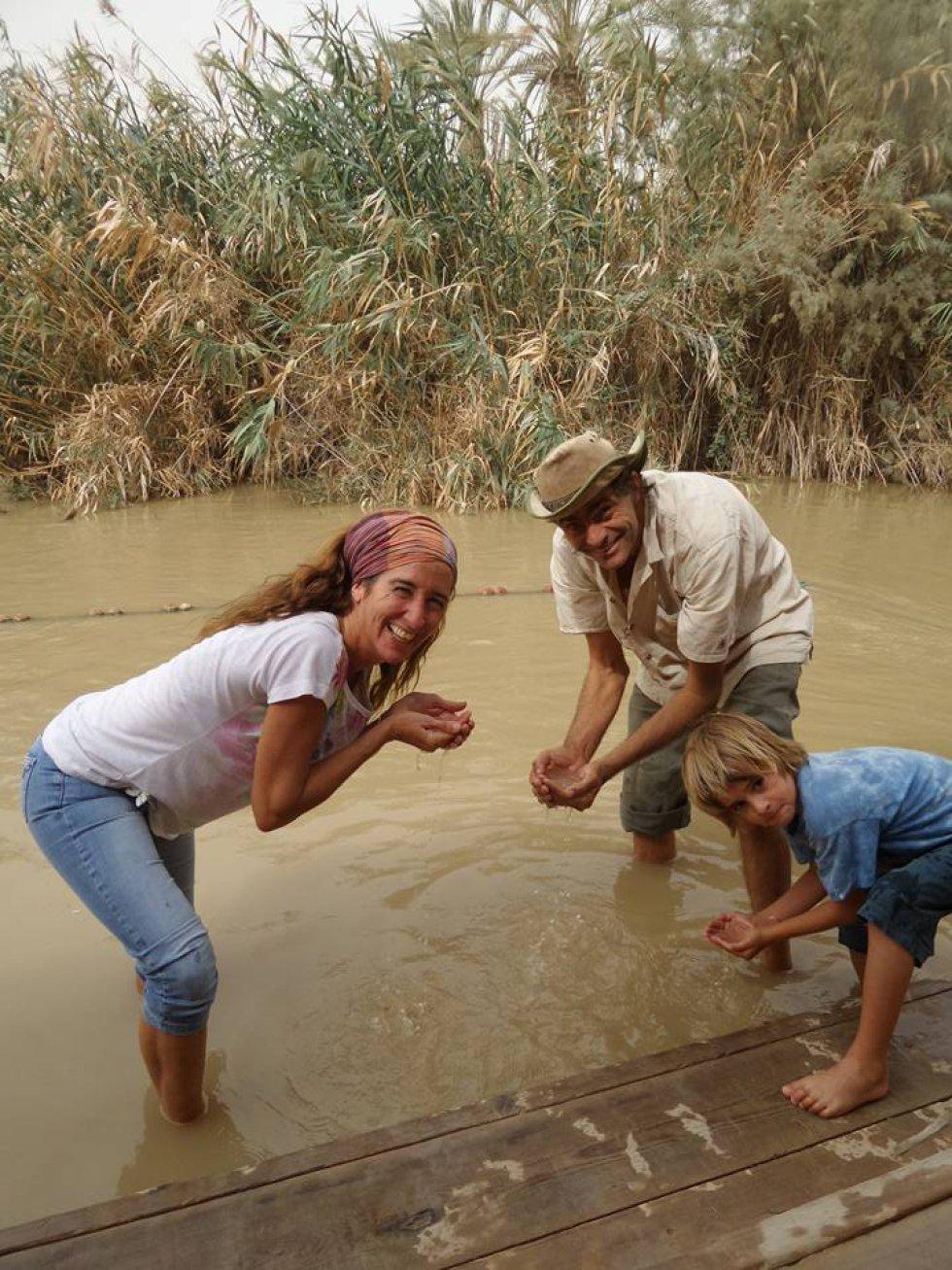 La familia Zapp en el Río Jordán