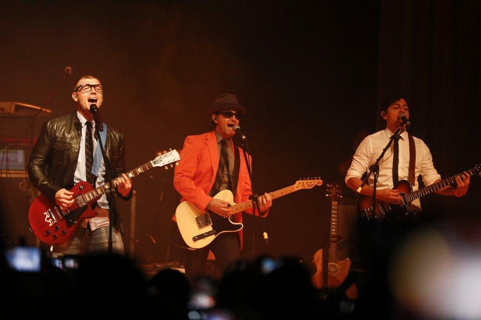 Sin embargo, no se quedaron con las ganas de ver a Nick Carter en vivo y en directo, quien se presentó en Bogotá en la noche de este viernes, con teatro lleno y con cientos de fanáticas sencillamente enloquecidas.