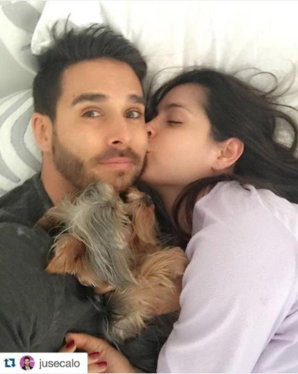 Es pareja del actor colombiano Sebastian Caicedo, con el que comparte la mayoría del tiempo libre y lo demuestra en las redes sociales.