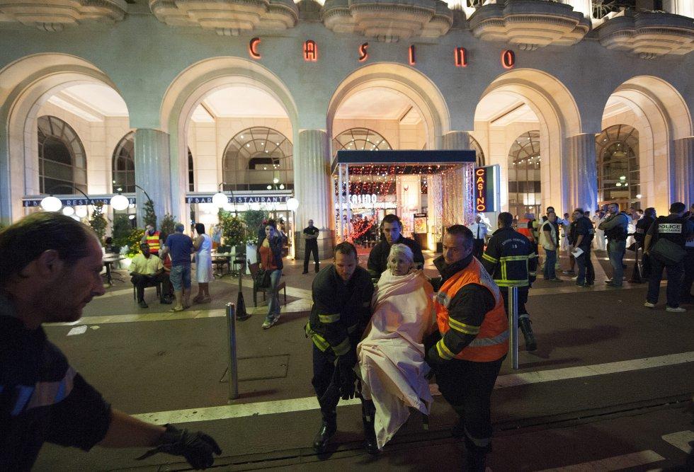 """El portavoz del Ministerio del Interior, Pierre-Henri Brandet, precisó que el hombre """"neutralizado por la policía"""" era el único que iba en el camión."""